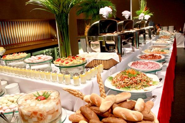 nhung-van-de-co-ban-trong-to-chuc-tiec-cuoi-buffet